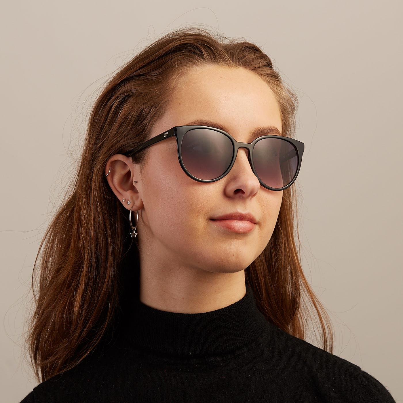 739a2a32ab Le Specs Armada Black Occhiali da Sole LSP1902089